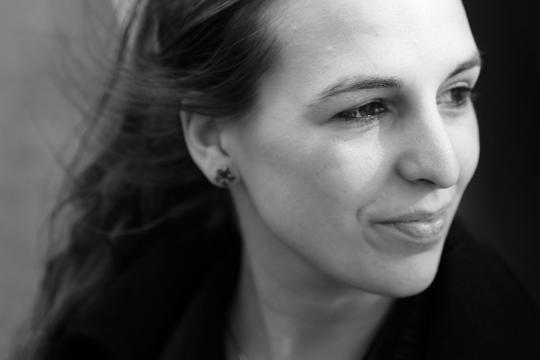 Carmien Michels wint Europees Kampioenschap Poetry Slam